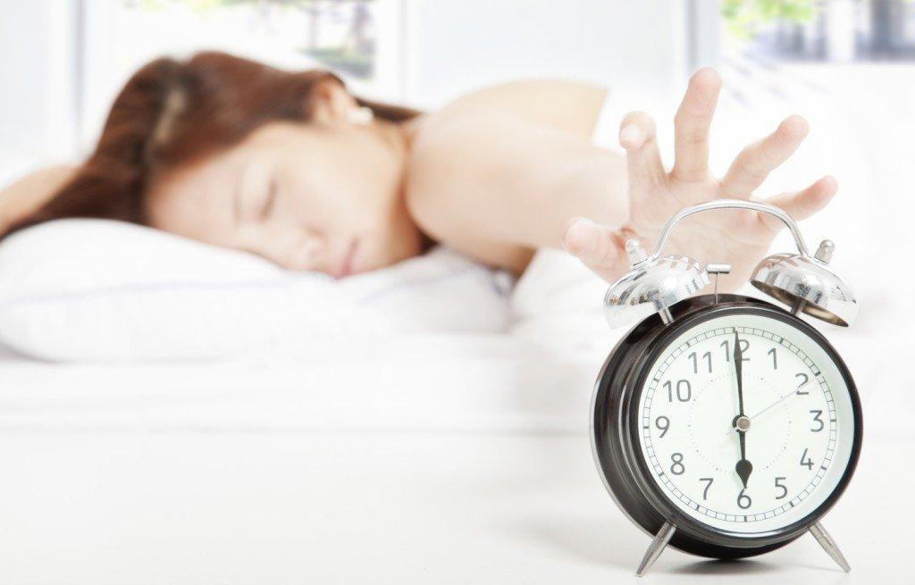 How-to-wake-up-early-in-the-morning-during-winter-1024x655