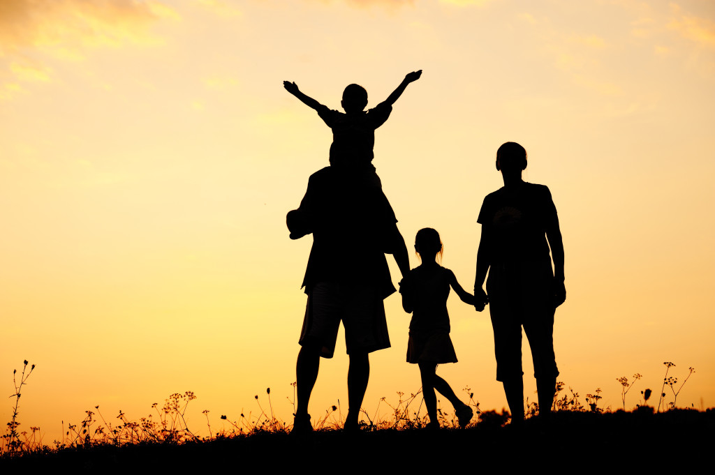 family-silhouette_2
